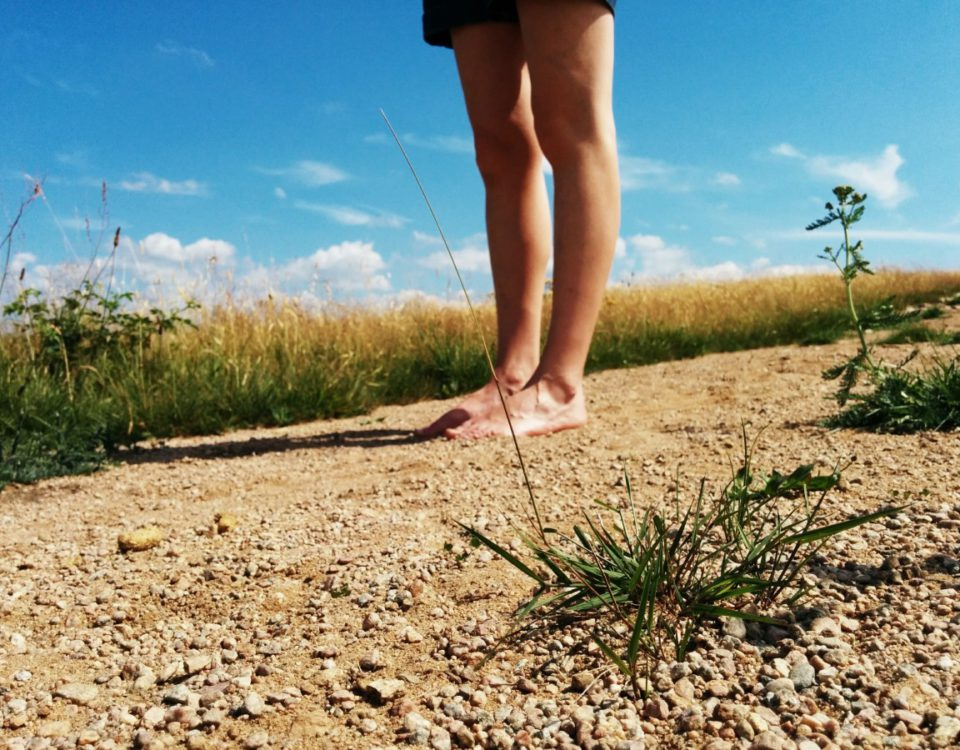 barefoot-walk