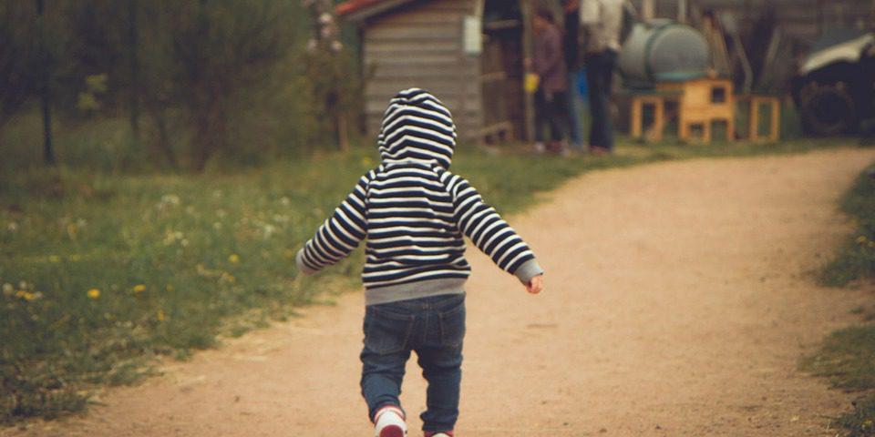 toddler-walking